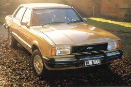 1977 Ford TE Cortina Sedan