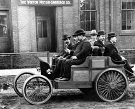 1901 Winton Multi Passenger Vehicle