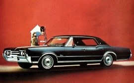 1967 Oldsmobile Cutlass Supreme Holiday 4 Door