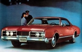 1967 Oldsmobile Delmont 88 Holiday 4 Door Sedan
