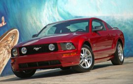 2005 Ford Mustang GT Coupe