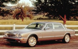 2002 Jaguar XJ-Sedan Super V8