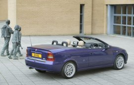 2004 Vauxhall Astra Convertible