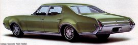 1969 Oldsmobile Cutlass Supreme Town 4 Door