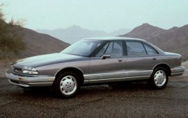 1993 Oldsmobile 88 Royale LS 4 Door