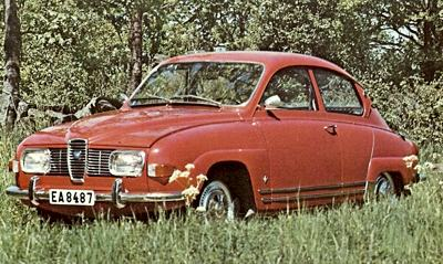 , the first to be equipped with the four-stroke V4 Ford Taunus engine.