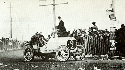 George Heath in his Panhard during the 1906 Vanderbilt Cup