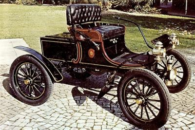 1902 Olds Curved Dash runabout
