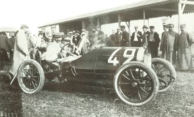Rolland-Pilain pictured at the start of the 1908 Voiturette Grand Prix of the Automobile Club de France