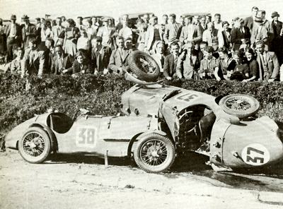 Two Singer 9s after a crash in the 1935 TT