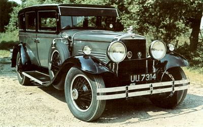 1929 Stutz Black Hawk Six 4 liter sedan
