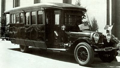 1917 Winton Custom House Car